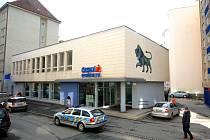 Banku v Křídlovické ulici nedaleko centra Brna přepadl lupič. Policisté ho ihned dopadli.