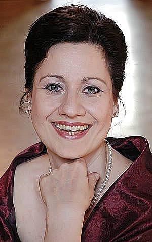 Operní pěvkyně Csilla Boross.