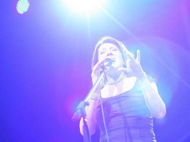 Zpěvačka Marie Rottrová zazpívala v brněnském Kulturním domě Rubín.