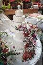 Líčení a účes od profesionálů si užívaly nejen budoucí nevěsty v brněnském nákupním centru Královo Pole. V sobotu se tam konala akce Svatební proměny. Její návštěvnice se mohly zdarma nechat nalíčit a učesat.