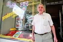 Tradiční cukrárna U Čtyř mamlasů zmizela z náměstí Svobody. Prodejna se přesunula o pár ulic dál. Na nové adrese změnila i jméno. Sortiment ale zůstane.