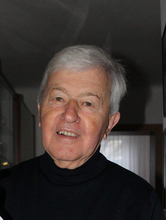 Lidové zpěvák Jožka Černý