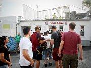 Fanoušci před sobotním utkáním Zbrojovky se Spartou na stadionu v Srbské ulici.