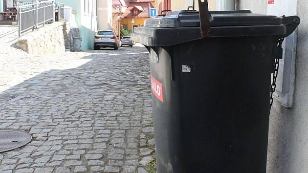 Jak naložit s odpadem v karanténě? Všechno dávat do jednoho pytle