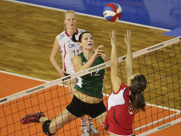 Volejbalistky KP Brno v utkání s Tatran Střešovice.