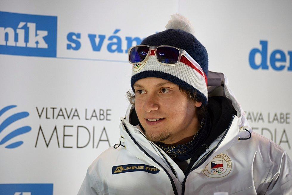 Rozhovor se snowboardcorssařem Janem Kubčíkem v zóně Deníku na Olympijském festivalu v Brně.