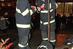 Hasiči vzdali úctu mrtvým kolegům, kteří zahynuli při likvidování požáru kasina v Nádražní ulici v Brně.