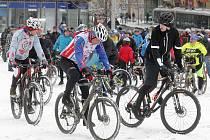 Novoroční vyjížďka brněnských cyklistů.