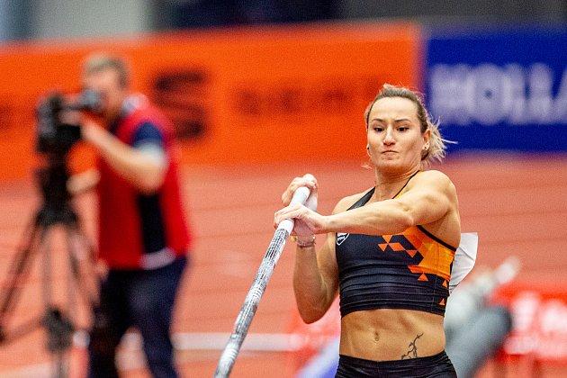 Romana Maláčová už po zranění znovu závodí.