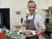 Tematický Sushi víkend na koupališti v Žabčicích.