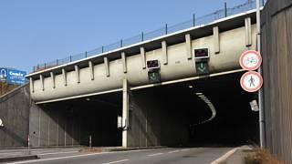 V Husovickém tunelu pravděpodobně od března začne měření rychlosti. Zatím ve zkušebním režimu.