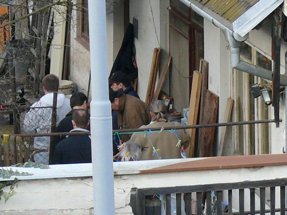 Fotografie z místa činu.
