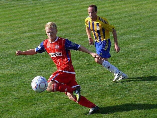 Fotbalisté Zbrojovky (v červeném)  - ilustrační fotografie.