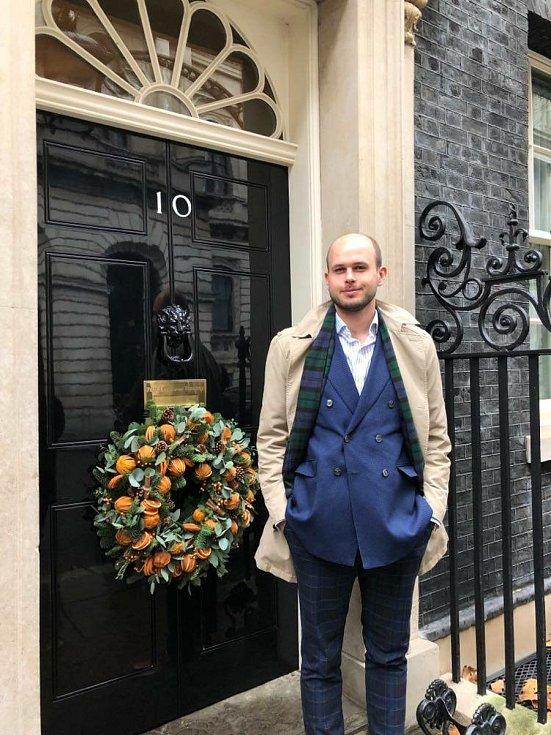 Marek Bičan na 10th Downing Street v Londýně.