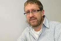 Aktivista, podnikatel i politik. To je předseda klubu zastupitelů Strany zelených Martin Ander.