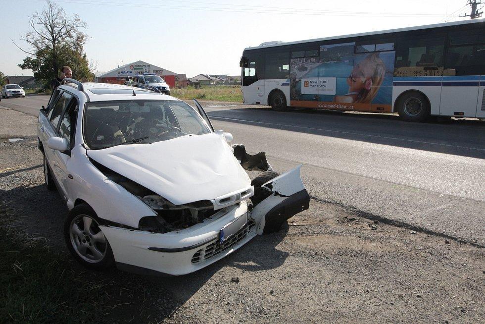 Nehoda Tatry, osobního auta a autobusu v Rajhradě.