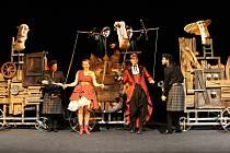 Divadelní představení Veselé paničky Windsorské v brněnském divadle Radost. Ilustrační foto