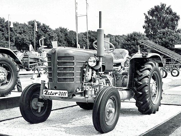 Zetor 2011se Zetormaticem kolem roku 1960.