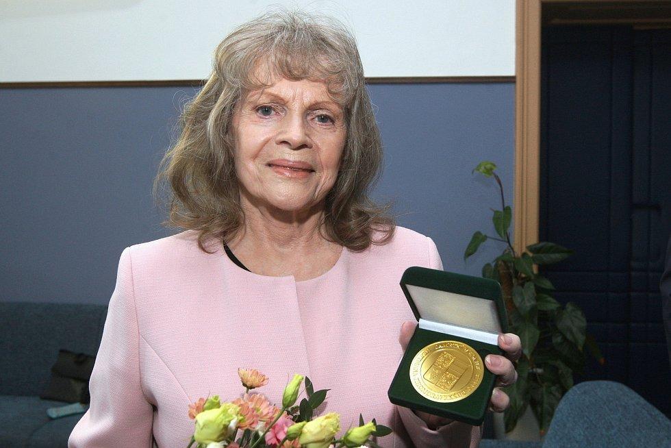 Eva Pilarová loni převzala Cenu Jihomoravského kraje.
