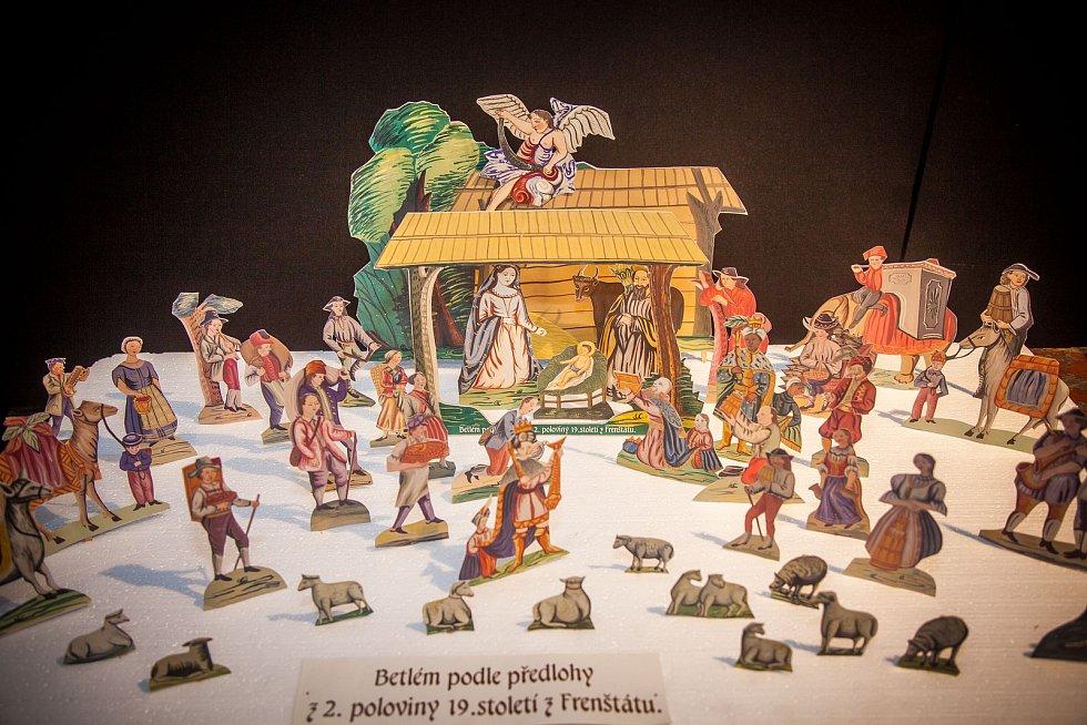Výstava betlémů v Letohrádku Mitrovských.