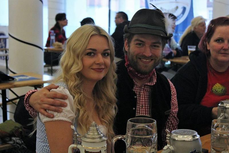 Na Oktoberfestu lidé loni vybírali ze sedmi druhů piva.