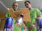 Ve finálovém kole studentské inženýrské soutěže EBEC se ve středu utkalo osm nejlepších čtyřčlenných týmů ze čtyř fakult brněnského Vysokého učení technického.