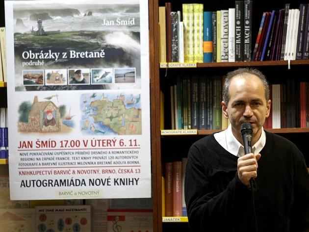 Rozhlasový a televizní publicista Jan Šmíd.