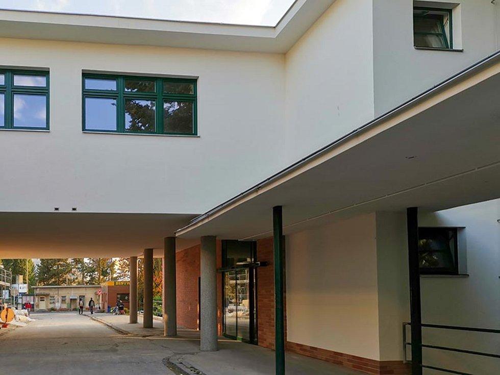 Energetické úspory v budovách Fakultní nemocnice Brno, 2. místo v kategorii Rekonstrukce staveb.