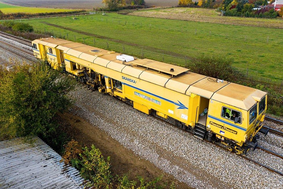 Začaly práce na druhé koleji mezi Brnem a Zastávkou.