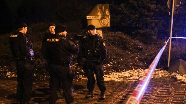 Březnový zásah policistů v okolí botanické zahrady a arboreta Mendelovy univerzity v Brně. Případ vraždy mladé ženy míří k soudu.