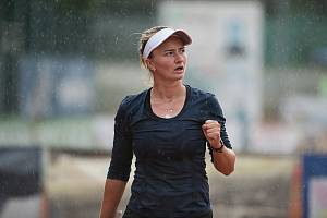 Jeden z prvních turnajů po návratu na kurty po koronavirové pauze odehrála Barbora Krejčíková v Přerově