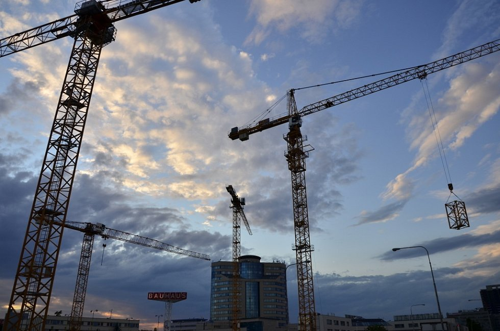 Průběh výstavby brněnské Az Tower.