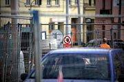 Dopravní kolaps na křižovatce ulic Jugoslávská a Merhautova a také v křížení Vranovské a Cejlu způsobuje uzavřená Francouzská a opravy v Merhautově ulici.