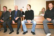 Dealeři u soudu