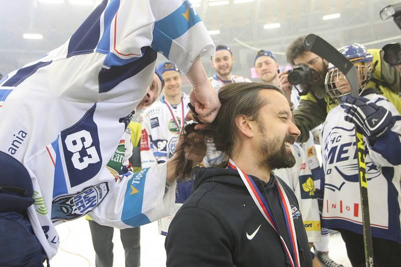 Kometa slaví dvanáctý titul. Na podobnou radost čekalo Brno jedenapadesát let.
