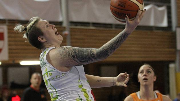 Basketbalistky KP Brno ve finále Českého poháru zklamaně sledovaly, jak se z vítězství radovaly hráčky městského rivala Handicapu Brno, ovšem o necelý měsíc později svého soka přejely ve čtvrtfinále play-off domácí nejvyšší soutěže jasně 3:0 na zápasy.