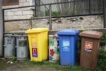 Popelnice na bioodpad v Židlochovicích.