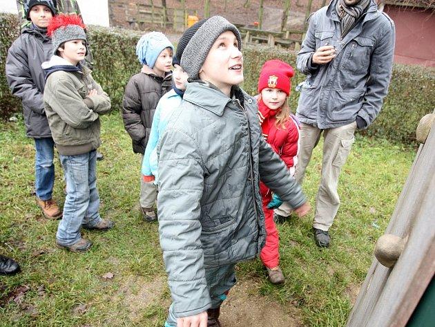 Výstupem na Babí lom přivítaly stovky lidí rok 2014.
