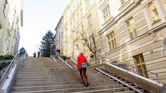 Schodová ulice v Brně.