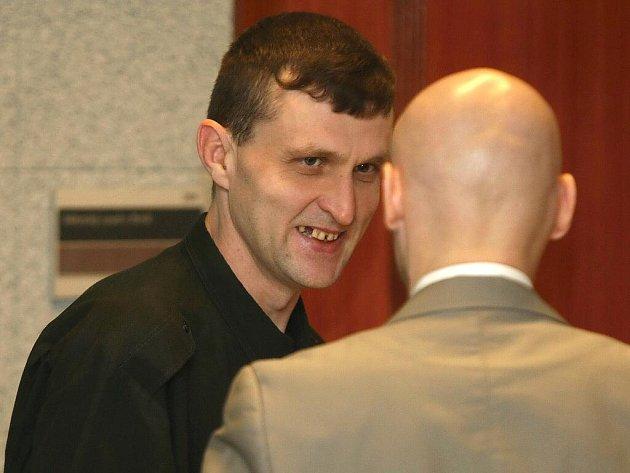 Radek Bečák z Otrokovic okrádal nemocnice i pacienty. Městský soud v Brně ho za to odsoudil ke čtyřem rokům vězení.