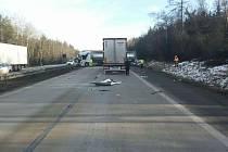 Nehoda dvou kamionů zablokovala D1 ve směru na Brno.