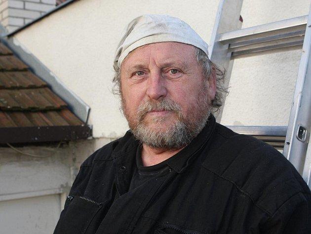Kominík Jaromír Kubát.