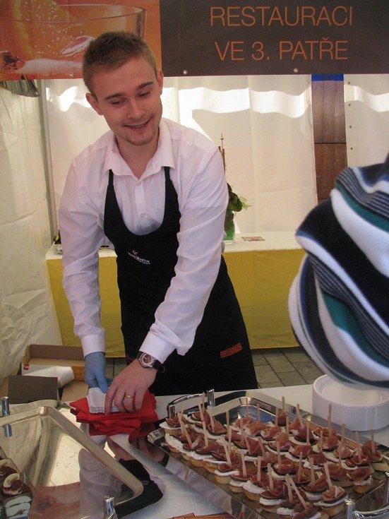 Slavnosti jídla na brněnském náměstí Svobody jsou součástí Festivalu v centru dění.