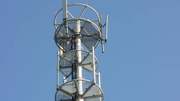 Jakmile budou hory bílé, můžete díky rozšířenému LTE od Vodafonu užívat rychlý internet přímo na svahu nebo při čekání na vlek.
