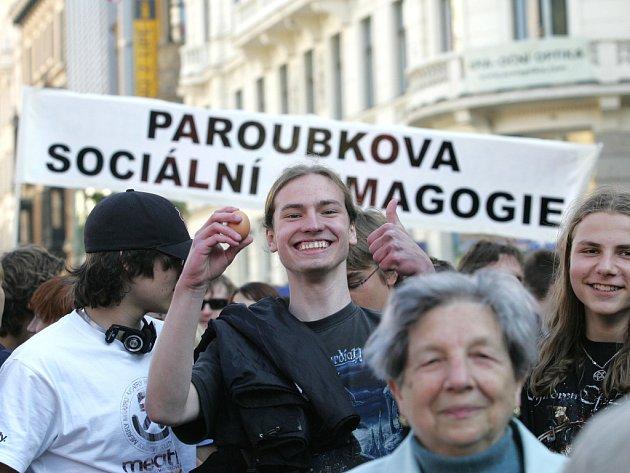 Mítink ČSSD na náměstí Svobody.