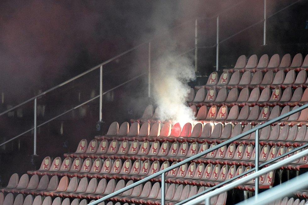 Brno 22.1.2021 - domácí FC Zbrojovka Brno v červeném proti FC Slovan Liberec