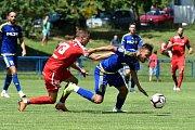 Přípravný zápas mezi Zbrojovkou Brno (červená - Marek Mach) a Jihlavou (modrá)