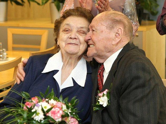 Jan a Marie Chaloupkovi oslavili platinovou svatbu.