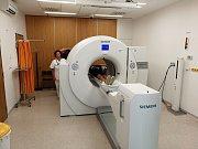 Lékaři v Masarykově onkologickém ústavu v Brně použili šestadvacátého června jako první nové radiofarmakum Galium, které přesněji lokalizuje nádory.
