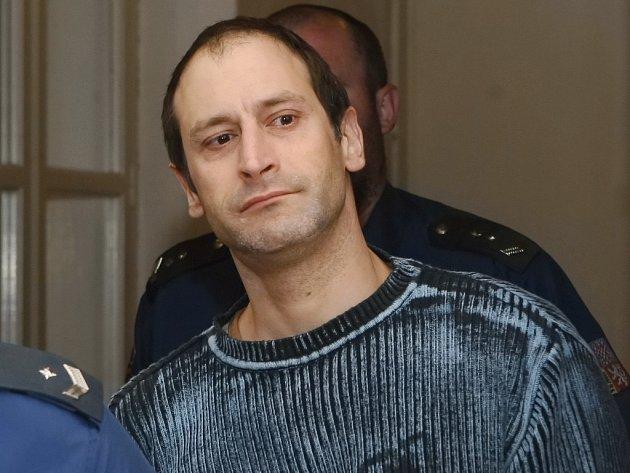 Michal Roučka si na detaily večera, kdy bodl nůž do zad známému, nepamatuje.